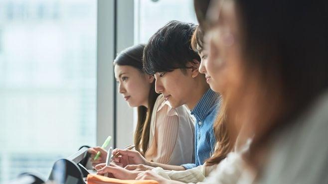 日本は「社会人の学び直し」に冷たすぎる