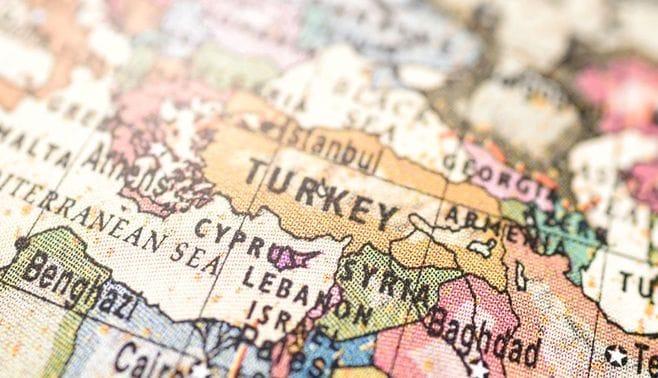 多難のトルコ、「地域の希望の星」ではない