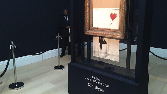 バンクシー「切り刻まれた絵画」の新しい価値