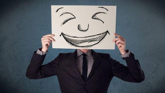 「つられ笑い」できない人に迫る、精神の危機