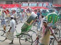 バングラデシュで強盗事件多発、企業は日本人駐在員をどう守る?