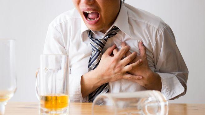 アルコールは百薬の長どころか「万病の元」だ