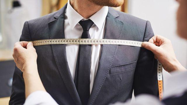 スーツの5つのチェックポイントは、世界共通のルールです(写真:shironosov/iStock)