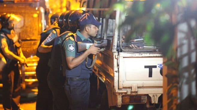 バングラデシュを襲った過激派「JMB」の正体