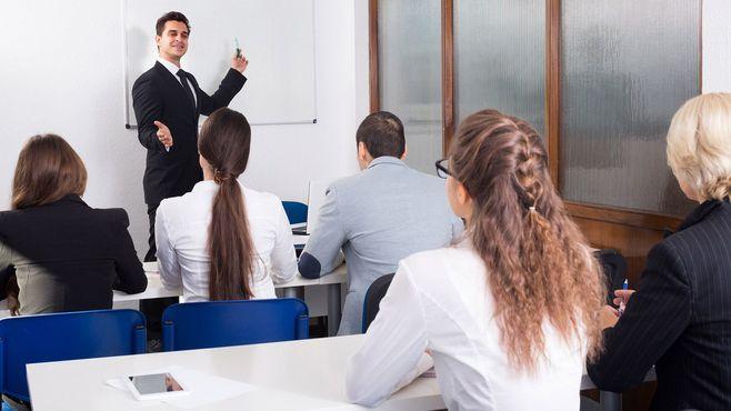 ビジネススクールは「上級語学学校」ではない