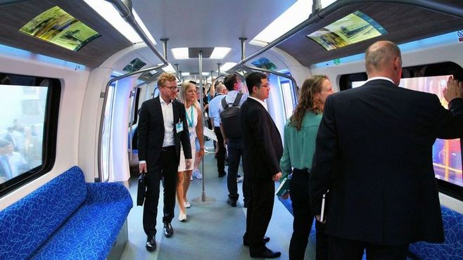 中国が躍進「鉄道見本市」、実車展示で存在感