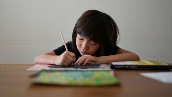 コロナ禍で小中学生「オンライン教育」に地域差