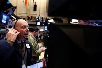 米国株式市場、主要指数は小幅下落で終了