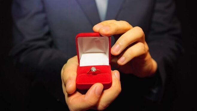 婚約指輪をあげた後にお断りされた男性の憤り
