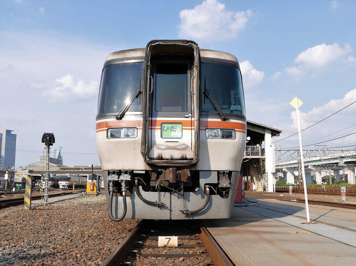 重低音で快走、JR東海「キハ85」が開いた新時代 | 特急・観光列車 | 東洋 ...