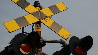 大事故の危険も、鉄道「運転士のミス」どう防ぐ?