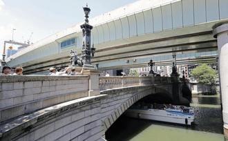 日本橋の首都高地下化、東京五輪後に着工へ