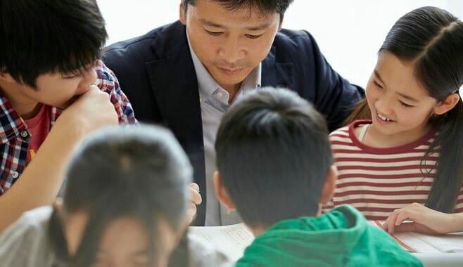 学童指導員「収入減・雇い止め」厳しすぎる現実