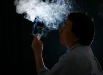 35.9%--今吸っているたばこをやめたい人の比率《気になる数字》
