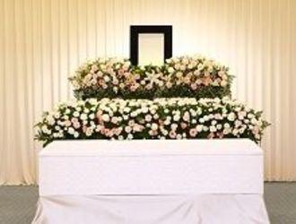 葬式は必要か、不要か――ブラックボックス化した葬儀