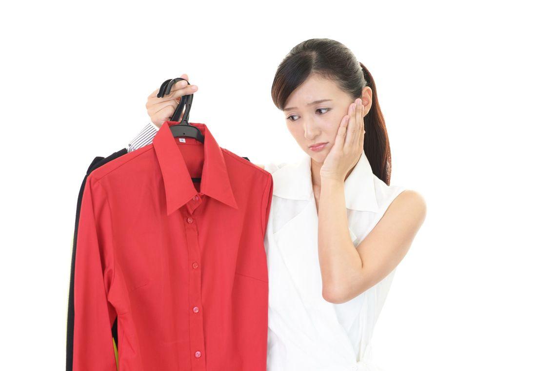 流行の変化は移ろいやすく、悲しいことに体型も年ごとに変化する。女性のファッションの悩みは尽きないのだ(写真:liza5450 /PIXTA)