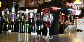 ワインはなぜ、最強のモテアイテムなのか?