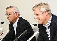 日本板硝子チェンバース社長が家庭の事情で辞任、藤本会長復帰
