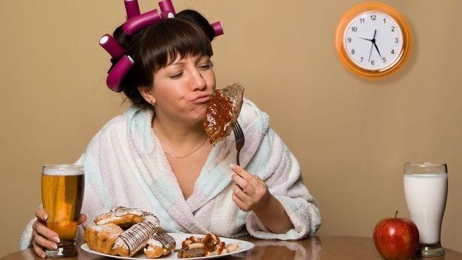 夕食は「朝食から10時間以内」が望ましいワケ