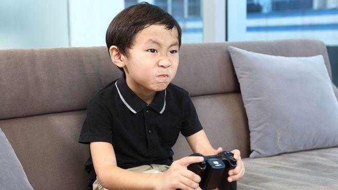 「1日6時間ゲームする子」に親ができること