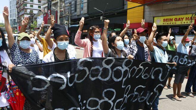 ミャンマー政策、問われる「積極的関与」の内実