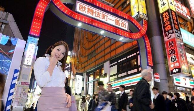 多くの日本人が貧困に沈むのは、なぜなのか