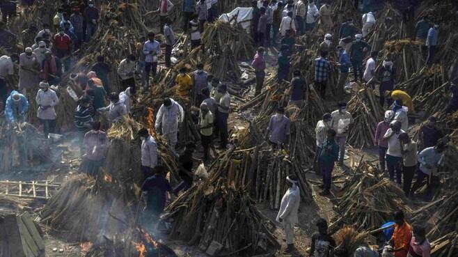 インド感染爆発、主犯は「変異株」という誤解
