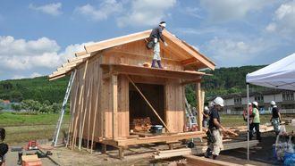 従来の仮設住宅より快適?「小屋」の可能性
