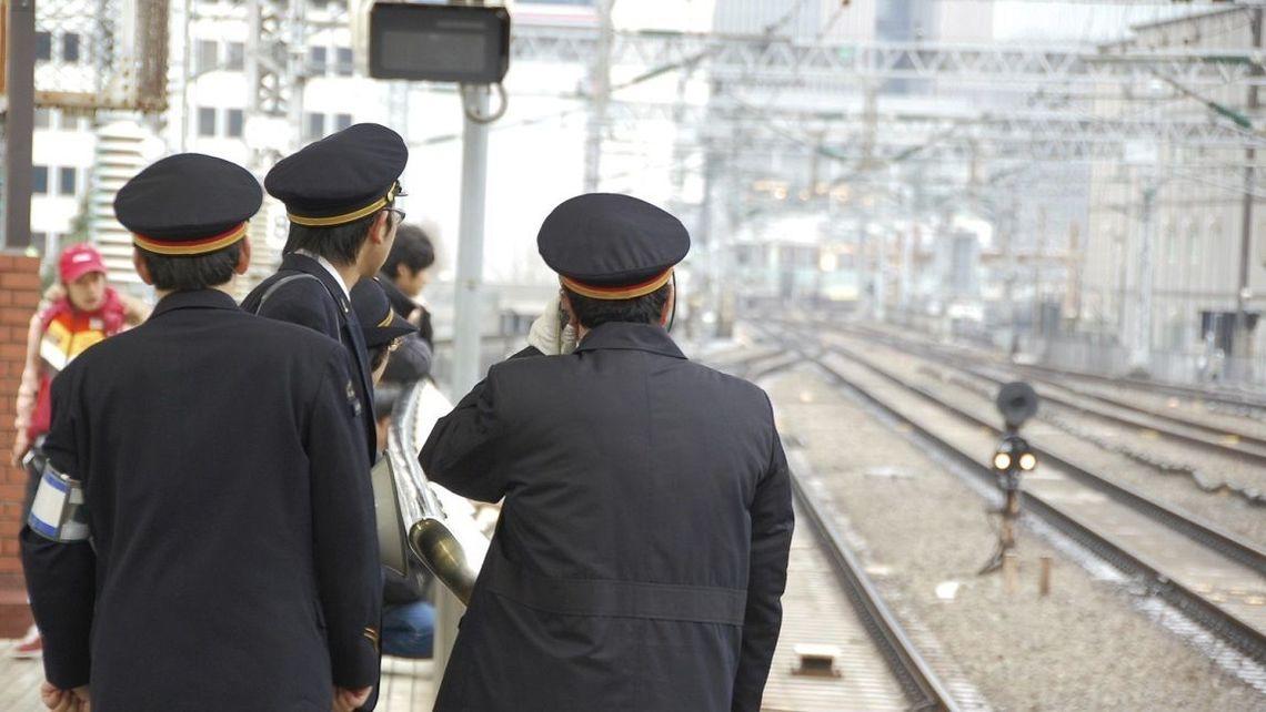 駅員への暴力」が増えている原因は何なのか | 通勤電車 | 東洋経済 ...