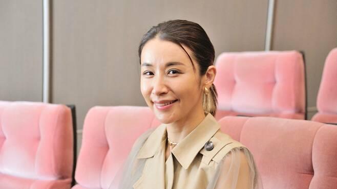 鈴木紗理奈、20年前の彼女から数段増した魅力