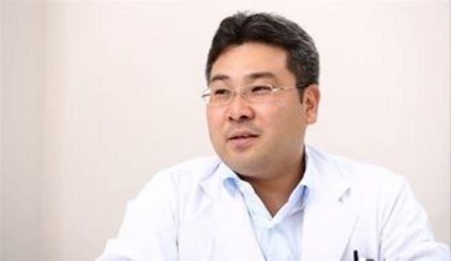 男性不妊症は、どうすれば治療できるのか?