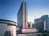 ロイヤルホテルが森トラストと資本業務提携、10年後の大阪・旗艦ホテル建て替え構想が明らかに