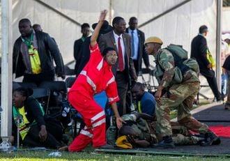 ジンバブエ政治集会で爆発、49人負傷の惨事