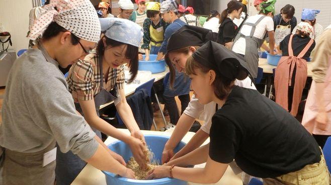 「自炊塾」、九州大の人気講義は何がスゴいのか