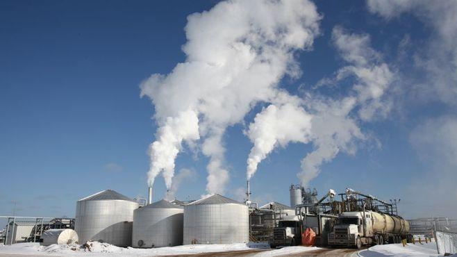 石油資源開発が待ち焦がれる「油価50ドル」