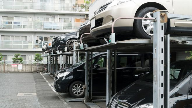 10年で半減!マンション駐車場が激減のワケ