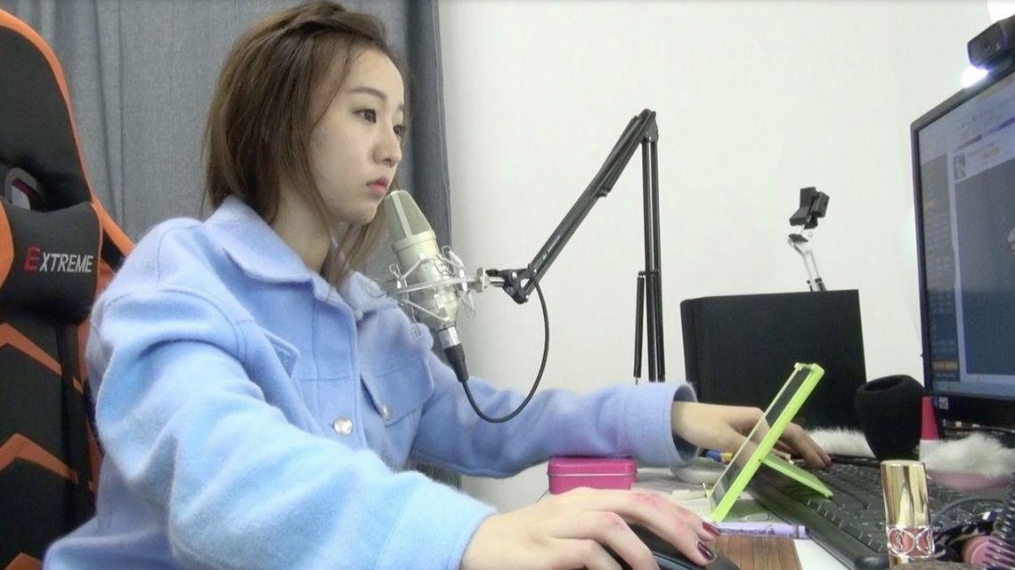 生中継が生んだ「稼ぐ21歳アイドル」の素顔 | 中国「ネット生中継」がヤバ ...