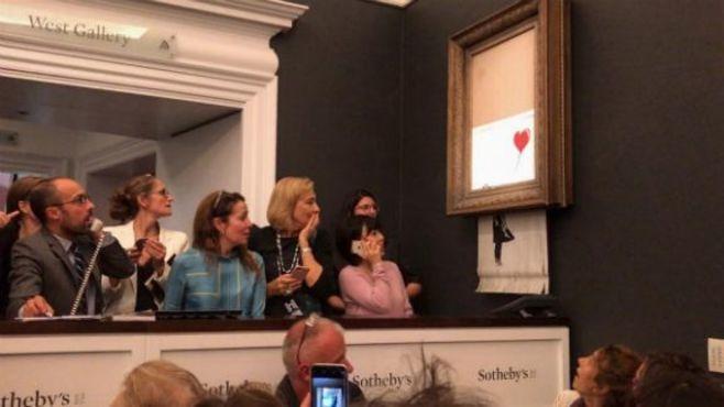 競売で作品細断!覆面ゲリラ芸術家の自壊劇
