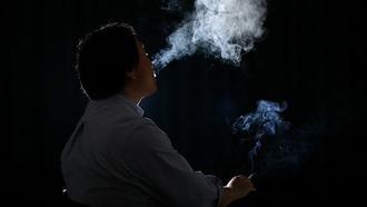 「禁煙違反者30万円過料案」は当然の政策だ