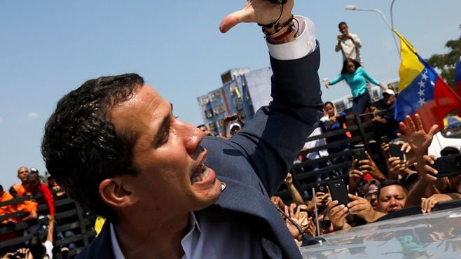 混乱を極めるベネズエラと2人の大統領の行方