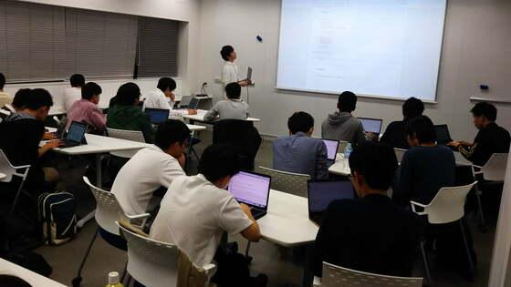 慶応大「AIとプログラミング」は学生が教える訳