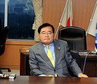 「郵政改革関連法案は来年4月に施行」亀井大臣が発言