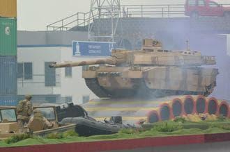 日本の武器輸出戦略には致命的な弱点がある