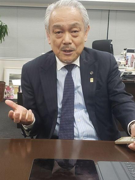 尾崎 会長
