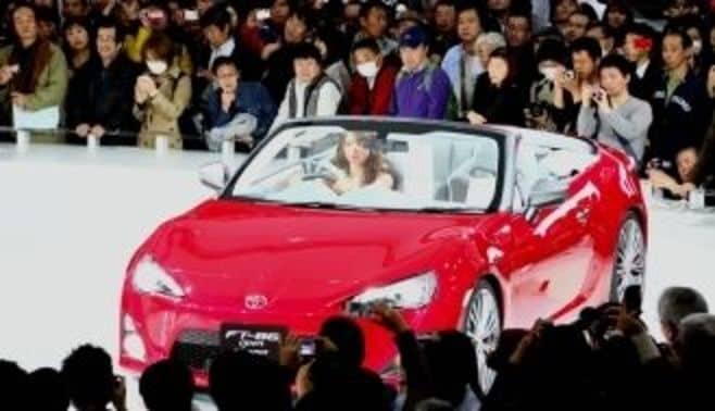 トヨタ自動車が狙う、「脱AV家電化」とは?