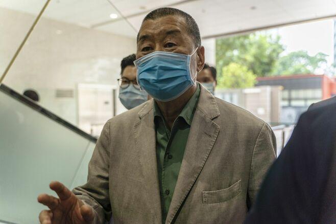 香港警察がアップルデーリーの幹部5人を逮捕