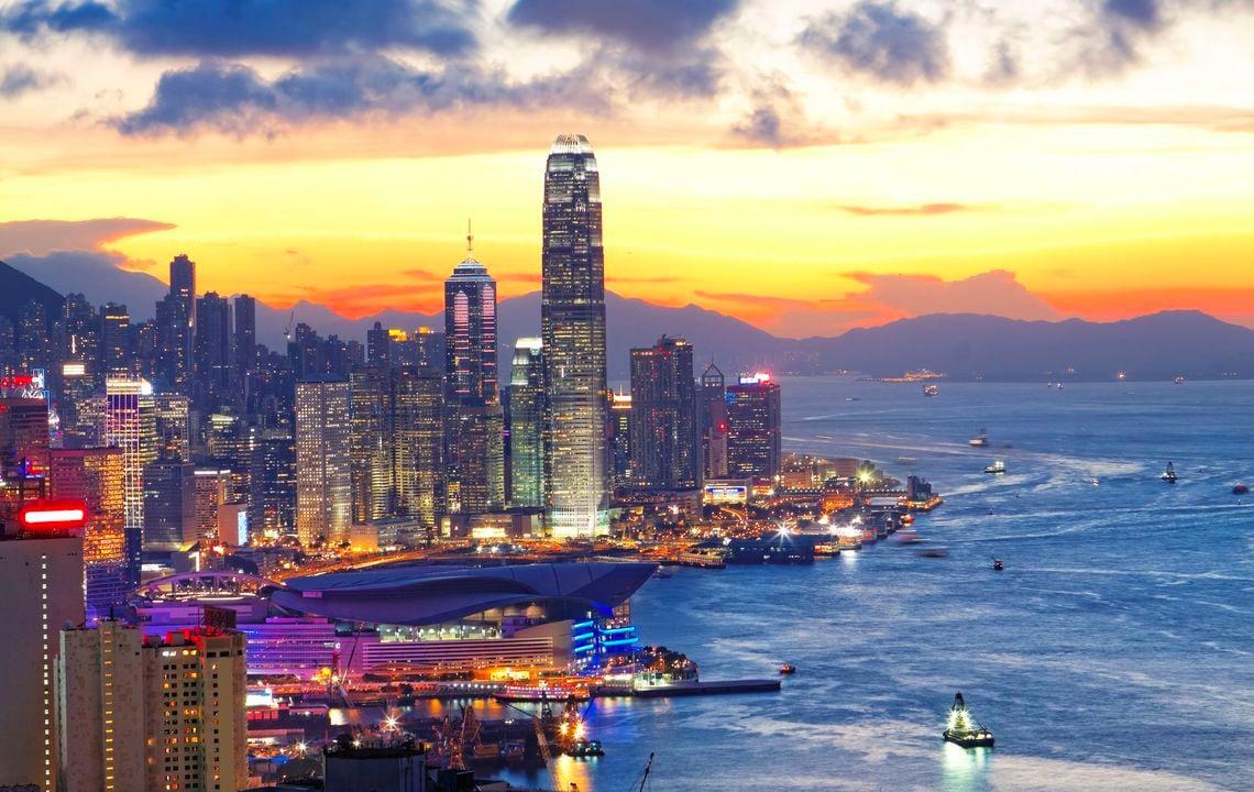 中国が香港の大富豪をバッシング...