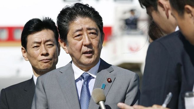 安倍首相、「冒頭解散」で10.22選挙に突入か
