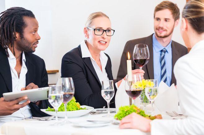 「飲み会の遅刻」、米国では最悪のマナー違反