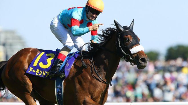 秋競馬、「アーモンドアイ」は牝馬3冠なるか